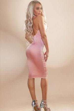 Violet In Pink Lady - Outcall Massage London